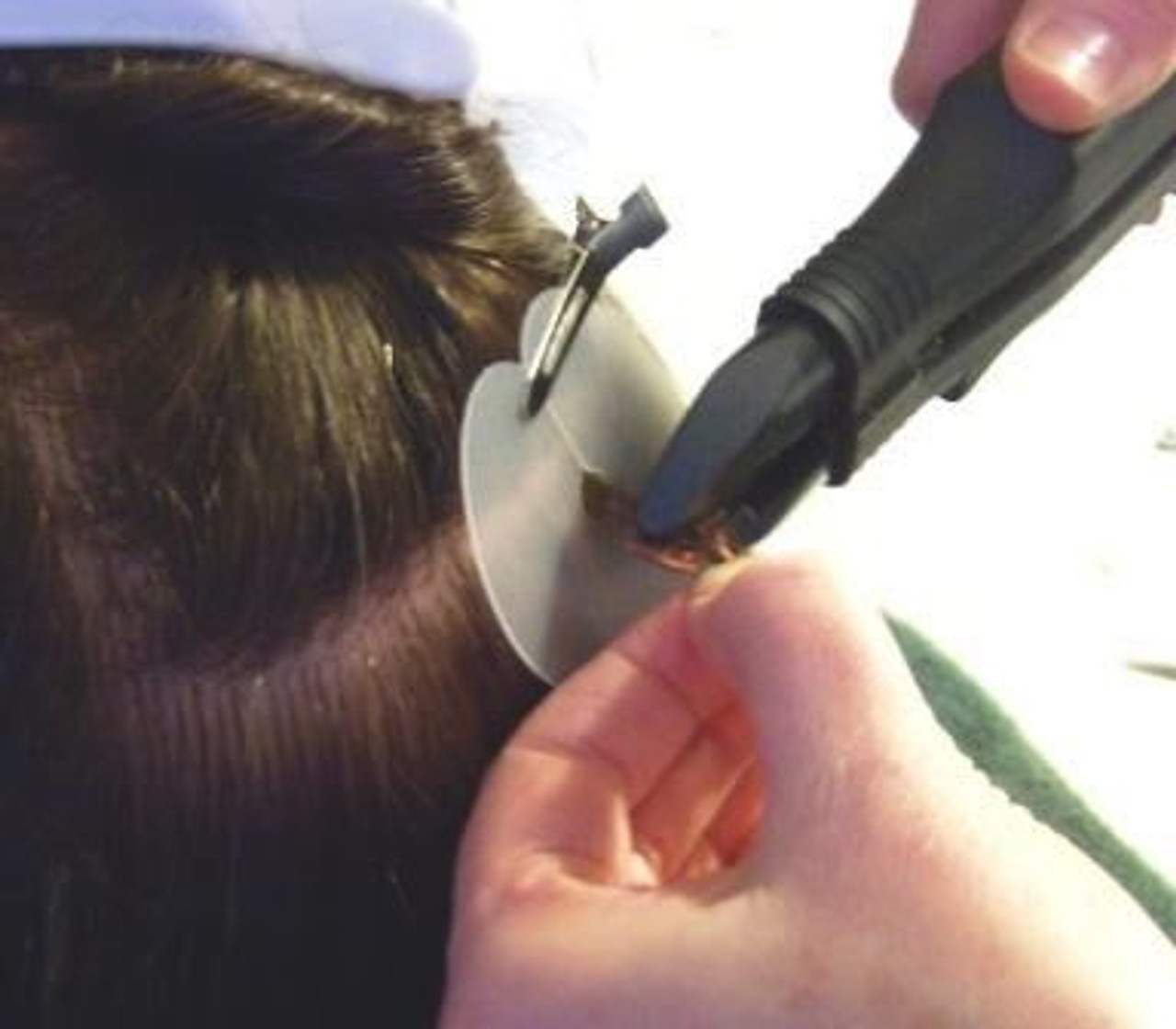How to apply keratin hair extensions
