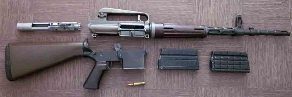 early-ar10-armalite-disassembled.jpg