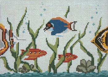 """#750 Fish Tank 18 Mesh - 7"""" x 5"""" Needle Crossings"""
