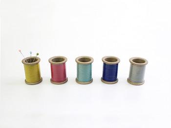 45-044 Magnetic Spool of Hasami Ware -- Gray PIN HOLDER Cohana