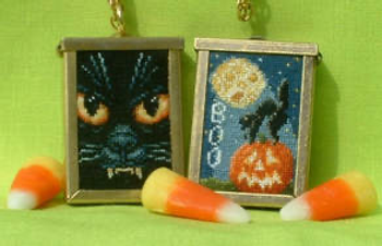 Boo - Pendant With One Pendant 109  37w by 55hBlackberry Lane Designs