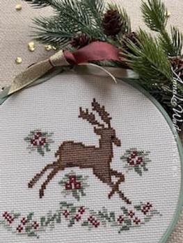 Regal Reindeer by Annalee Waite Designs 20-2898