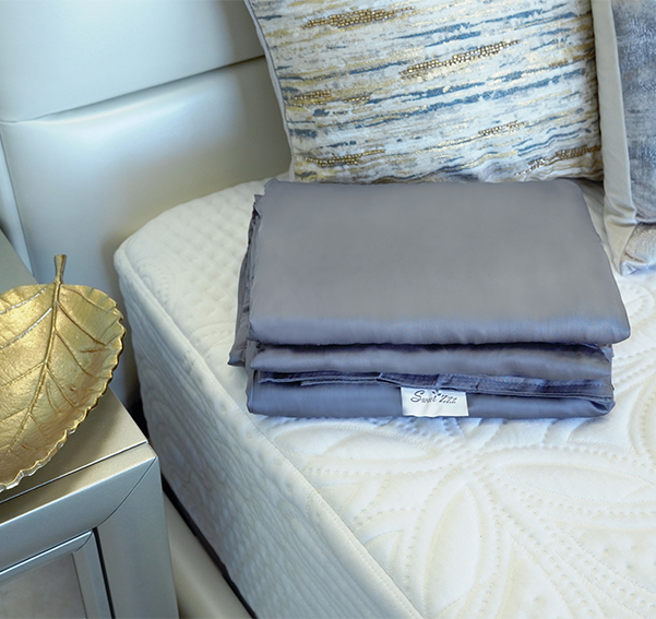 Sweet Zzz bamboo duvet cover for the weighted blanket