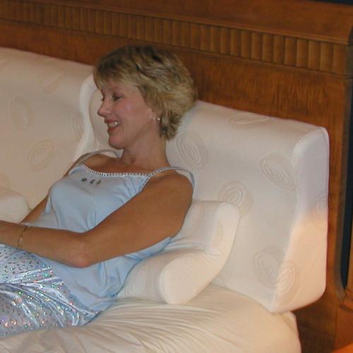 Strobel Supple Pedic Memory Foam Pillow   Ergonomic Contour Pillow
