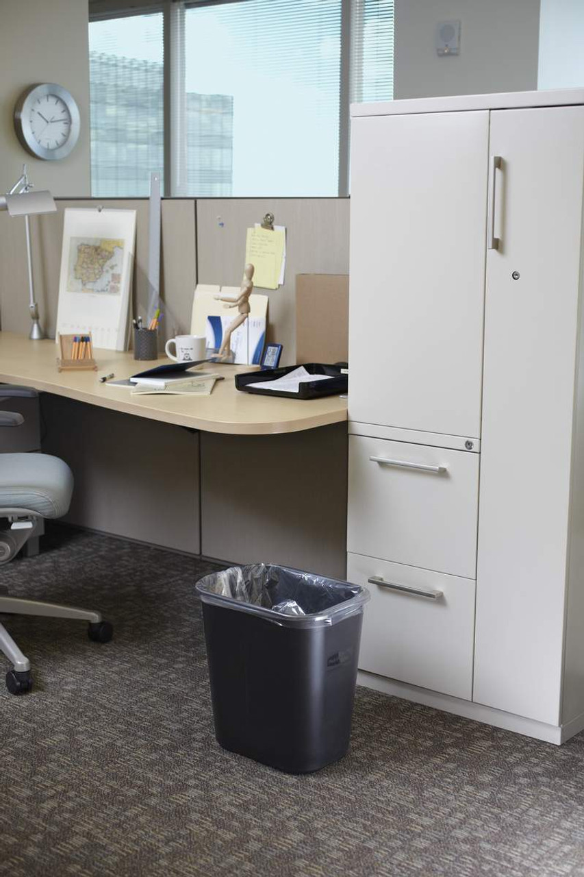 Rubbermaid Rectangular Wastebasket 26.6 L - Black - FG295600BLA