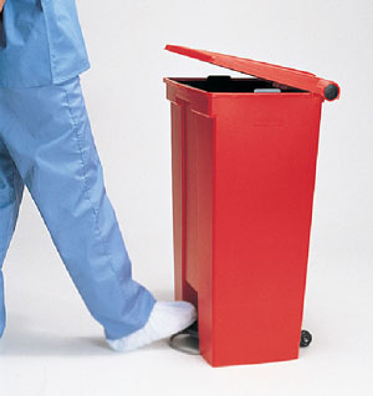 Rubbermaid Step-On Can Mobile 87L Red - FG614600RED