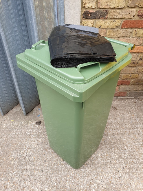 Polythene Bin Liners 240L - Pack of 50 - Black - Strong, Tear-Resistant 26-Micron Gauge Capable of Withstanding a Variety of Waste