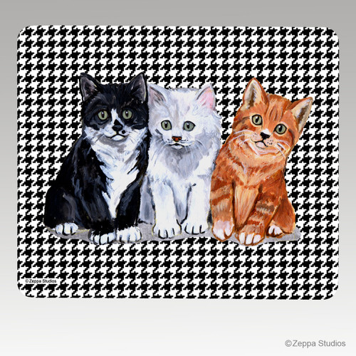 3 Kittens Houndstooth Mouse Pad