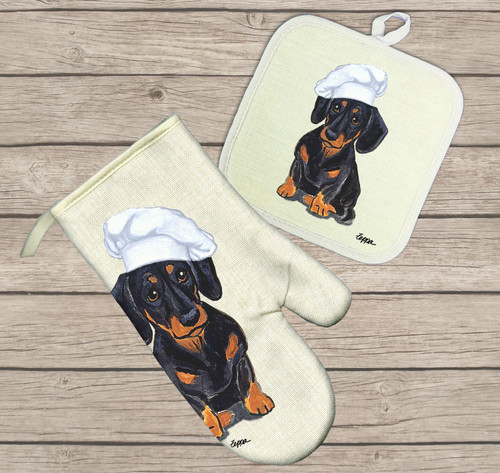 Black and Tan Smooth Dachshund Oven Mitt and Pot Holder Set