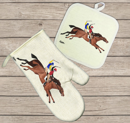 Antique Horse Race Oven Mitt and Pot Holder Set
