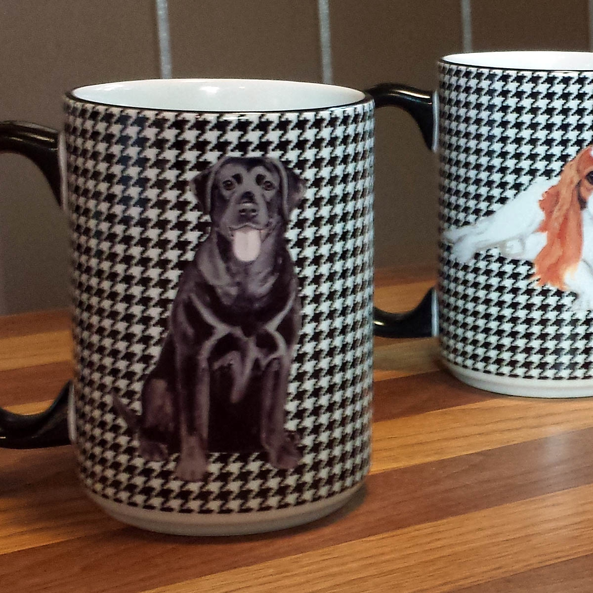 Houndzstooth Mugs