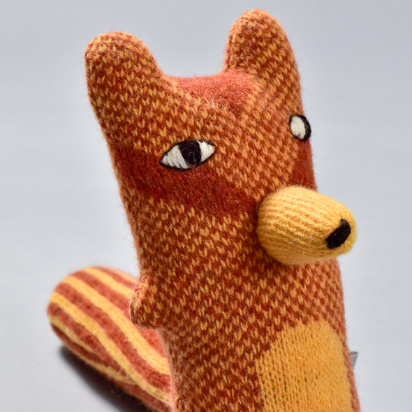 Cyril Squirrel Fox plush, close up