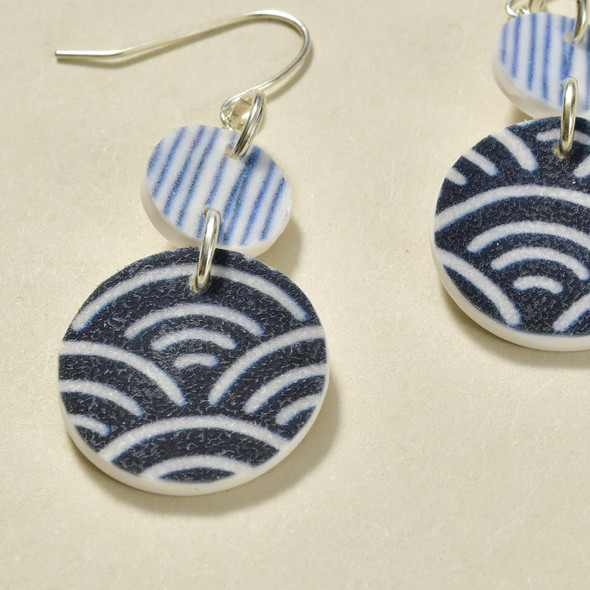 Double Circle Polymer Earrings Indigo; detail image