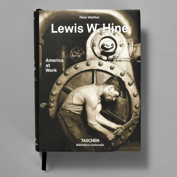 Lewis W. Hine: America at Work, front of book