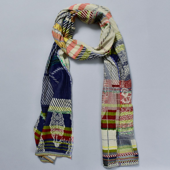 Organic French Jacquard Scarf: Navy Plaid