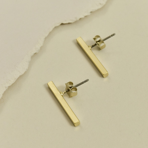 Simple Bar Post Earrings Gold