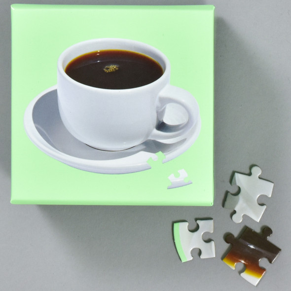 Little Puzzle Thing: Coffee, box with pieces