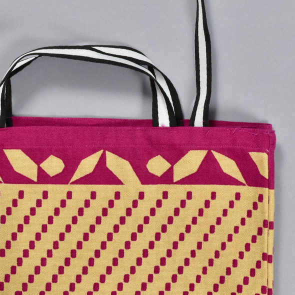 Heartmade Pink Chevron Patterned Medium Tote, close up