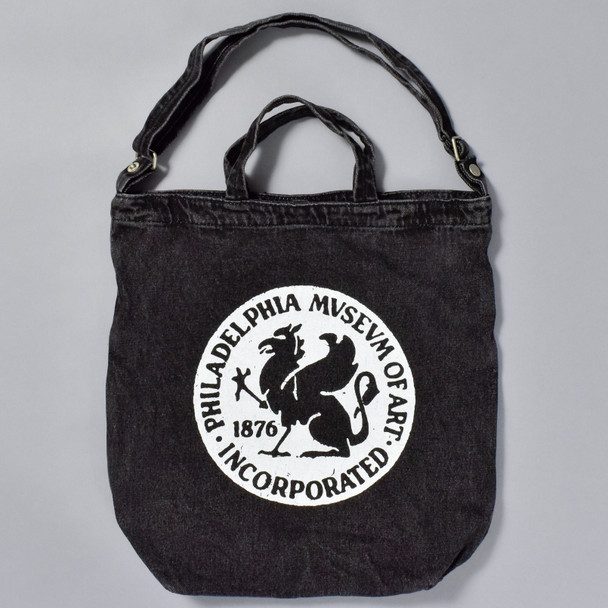 Baggu Duck Tote Bag with Philadelphia Museum of Art 1876 Griffin logo, front