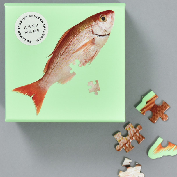 Little Puzzle Thing: Fish, box with pieces