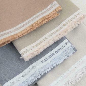 TILDA DOLL FABRIC, FQ Bundle of 4 fabrics - TILDA BASICS, ELEGANTE VIRGULE CANADA, Canadian Fabric Shop, Quilting Cotton