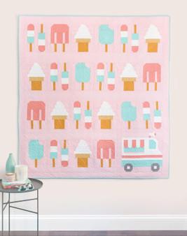 "SWEET TREAT QUILT Kit , in TILDA, KONA and CLOUD 9 Solids -  55"" x 61"" (140 x 155 cm), Elegante Virgule Canada, Canadian Fabric Quilt Shop. Quilting Cotton, Patchwork"
