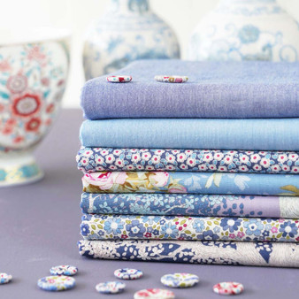 TILDA WOODLAND +  CHAMBRAY - Blue Bundle of 7 fabrics 100% Cotton. TILDA BASICS, Elegante Virgule Canada, Canadian Quilt Shop, Quilting Cotton