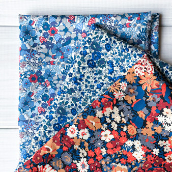 LIBERTY FLOWER THORPE Bundle, 3 Fabrics - Fat Eight or Fat Quarter, 13 x 19 in OR  27 x 19 in (35x49cm OR 70x49cm) - LIBERTY OF LONDON, ELEGANTE VIRGULE, CANADA CANADIAN SHOP