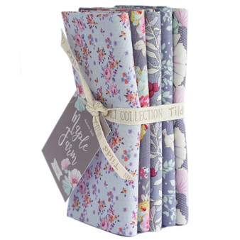 TILDA Maple Farm in BLUEBERRY / SLATE, Fat Quarter Bundle of 5 Fabrics - Elegante Virgule Canada Fabric Shop