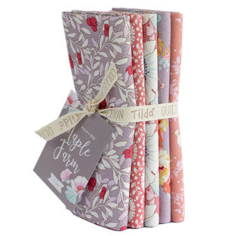 TILDA Maple Farm in MAUVE / ROSEHIP, Fat Quarter Bundle of 5 Fabrics - Elegante Virgule Canada Fabric Shop