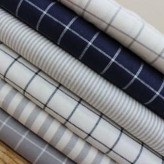 ROBERT KAUFMAN  Essex, Bundle of 6 fabrics - 55% LINEN, 45% COTTON 55% LINEN, 45% COTTON - by the half-meter - ROBERT KAUFMAN  Essex GRID INDIGO - 55% LINEN, 45% COTTON - by the half-meter