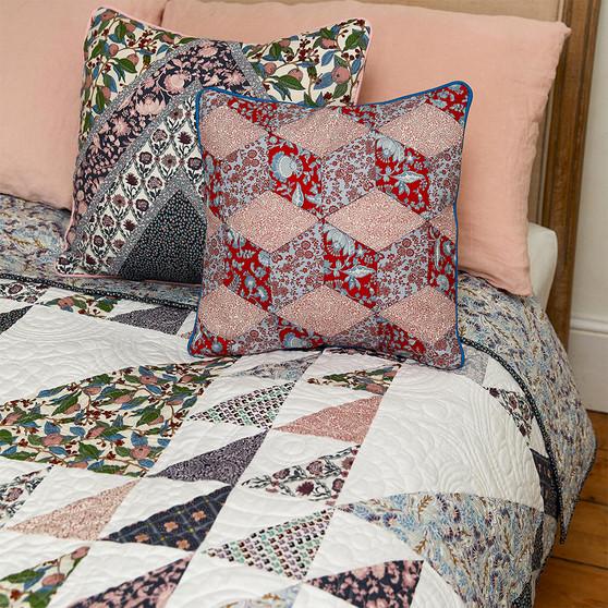 "LIBERTY SUMMER HOUSE DALLIANCE - Quilt Kit 60"" x 80"" (152x 203 cm) - Elegante Virgule, Canadian Fabric Shop"