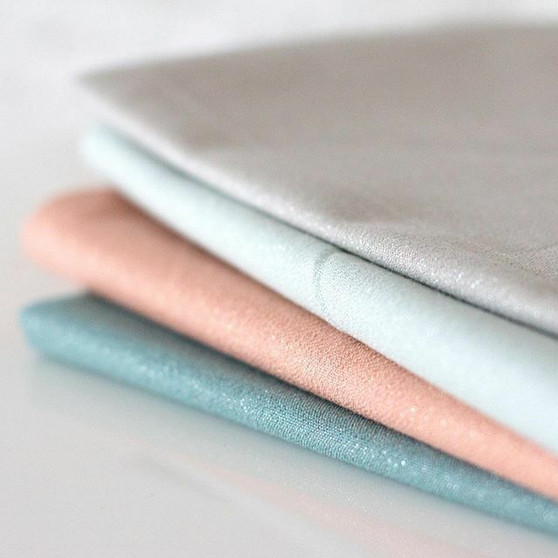 CLOUD 9, Glimmer Solids - Bundle of 4 Fabrics  - 100% ORGANIC Cotton - by the half-meter, ELEGANTE VIRGULE CANADA, CANADIAN FABRIC SHOP, Quilting Cotton, Organic Fabric