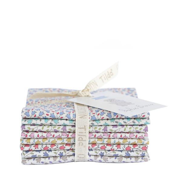 TILDA Sophie Bundle of 8 fabrics, 100% Cotton. TILDA BASICS, Elegante Virgule Canada, Canadian Quilt Shop, Quilting Cotton