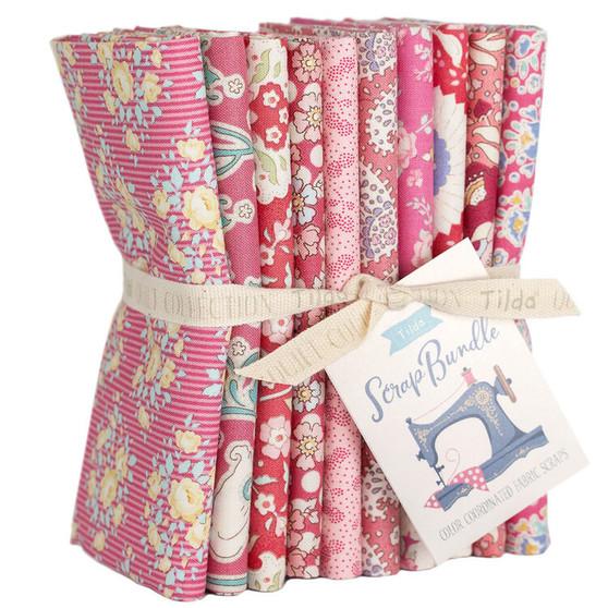TILDA SCRAP BUNDLE Red / Pink / Peach, FQ Bundle of 10 fabrics  - Elegante Virgule Canada, Quilting Cotton, Canadian Quilt Shop