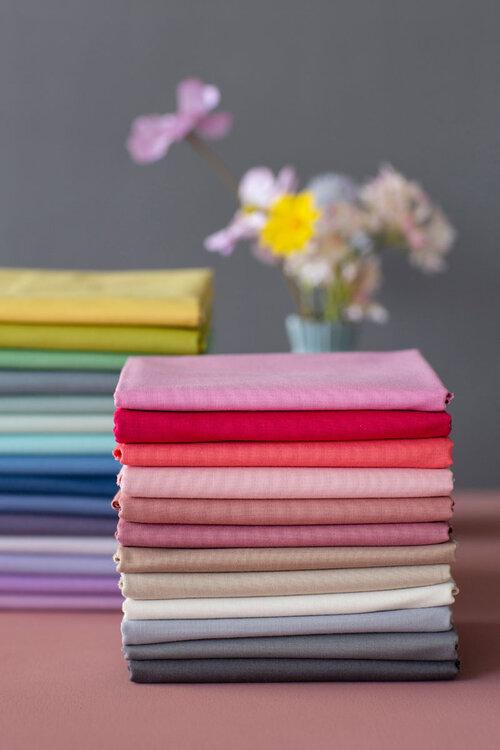 TILDA Solids Basics - ELEGANTE VIRGULE CANADA, Quilting Cotton Fabrics