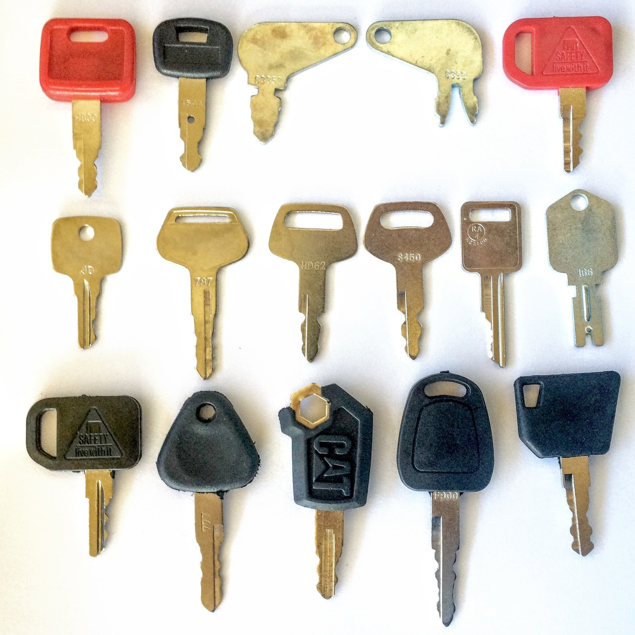 Fiat New Holland Ignition key 5 keys for John Deere Hitachi H800R Case