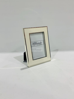 Silver/White Photoframe