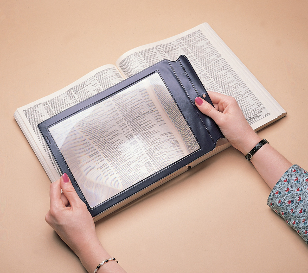"""2X Framed Full Page Magnifier (6"""" x 8.5"""")"""