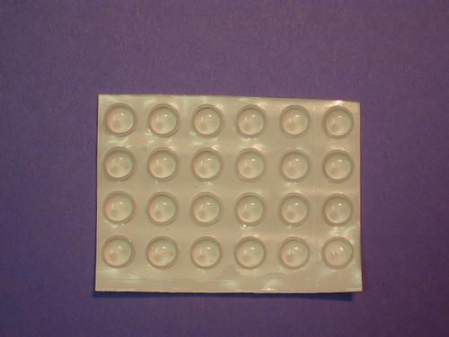 20 Medium Transparent Round Bump-Ons