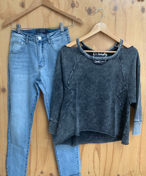 CD STRETCHY LOOSE JEANS AVA