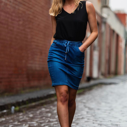 CD DARK DENIM SKIRT