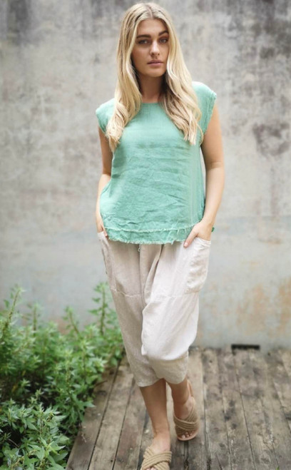WO NO SLEEVE GREEN LINEN TOP