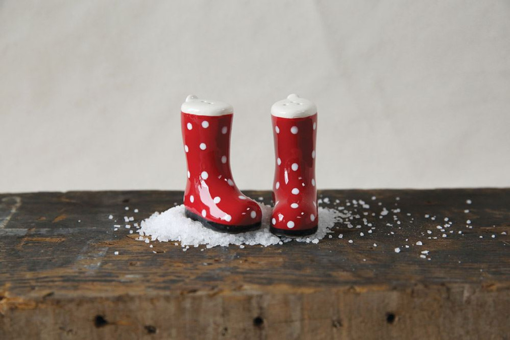 Ceramic Boots W Polka Dots Salt Pepper Shakers Twisted Farmhouse