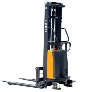 EKKO EA15B Semi-Electric Straddle Stacker 3300 lb Cap, 119.4 Lift