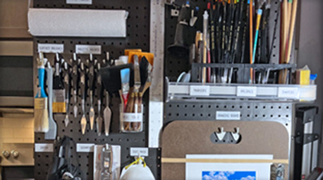An Artist Maximizes his Space and Gets Organized