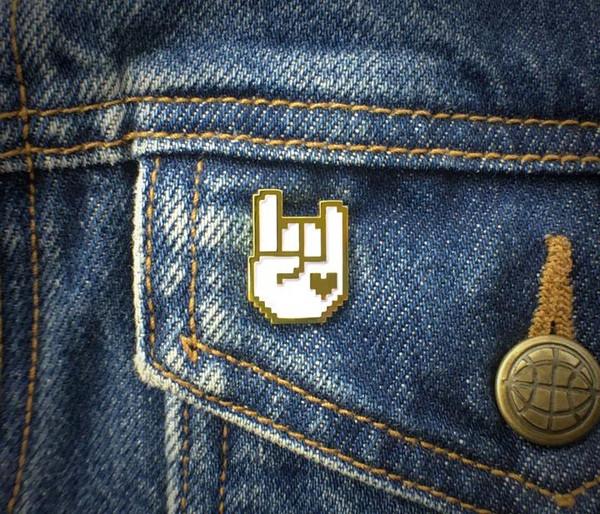 8-Bit Rock Pin - Gold & White