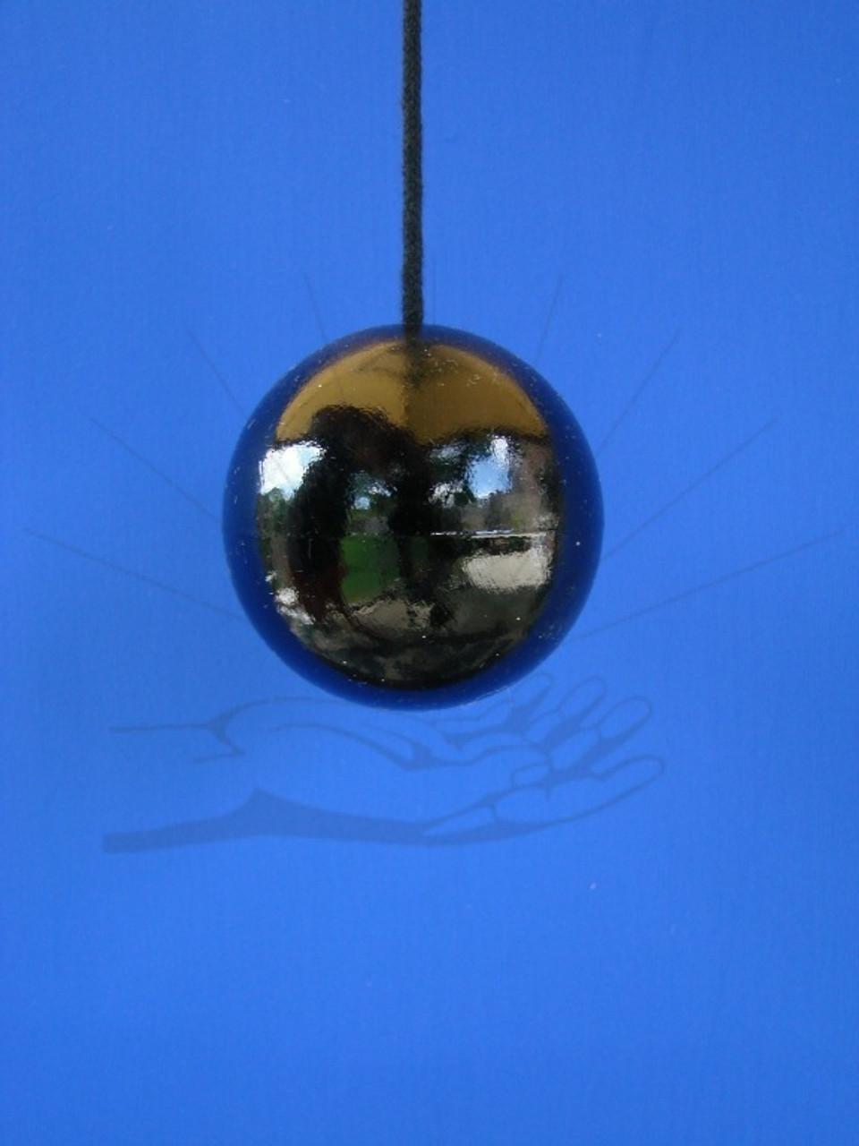 Neutral Pendulum