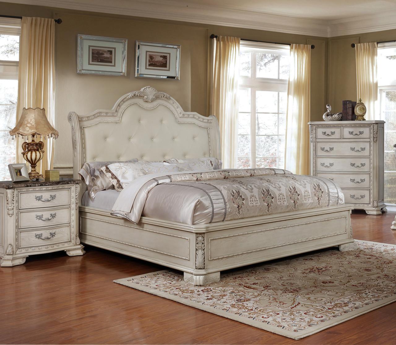 Big Sur 4 Pc Antique White Bed Dresser Night Stand