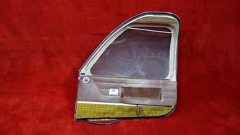 Beechcraft  RH Cabin Door w/ Ash Tray PN 95-420012-608  (EMAIL OR CALL TO BUY)